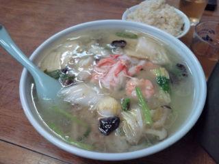 赤坂・中華軽食「かつら」